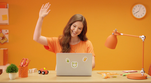 VIPKID-How-to-Make-Money-Teaching-English-Online-working-mom