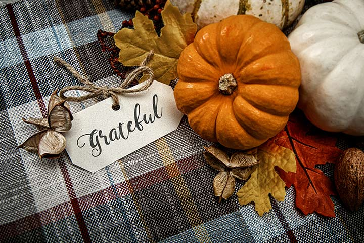 practical-tips-save-money-thanksgiving-featured-image