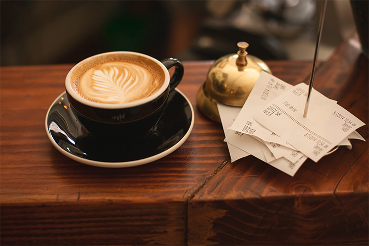 best-apps-scan-manage-receipts-best-app-receipts-featured-image-coffee-and-receipts