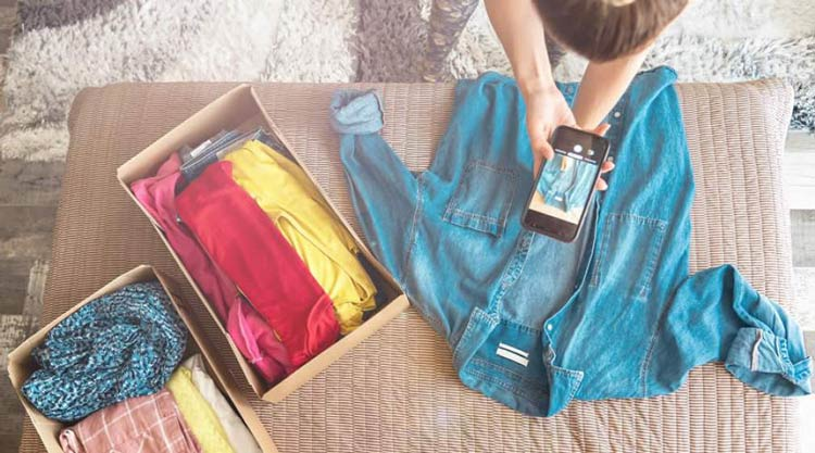 tips-maximize-garage-sale-sell-preloved-clothes