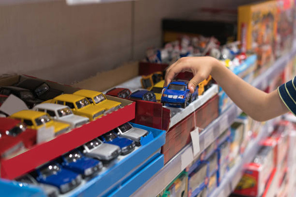 what-to-look-for-thrift-stores-make-money-toy-store